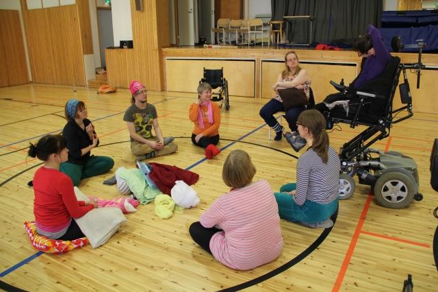 Jäsenet tanssii 15.3.2015